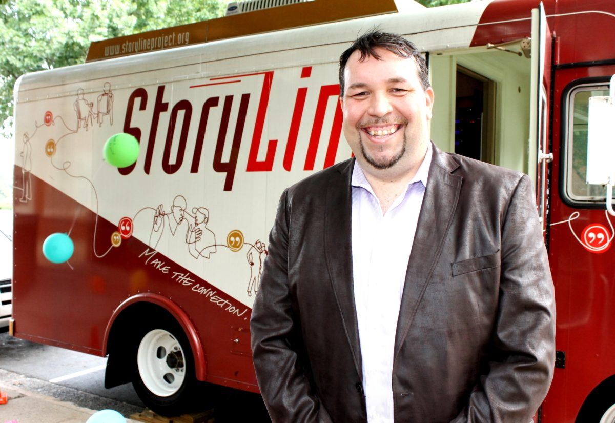 CivilianExposure.org Founder Interviewed on StoryLine Bus